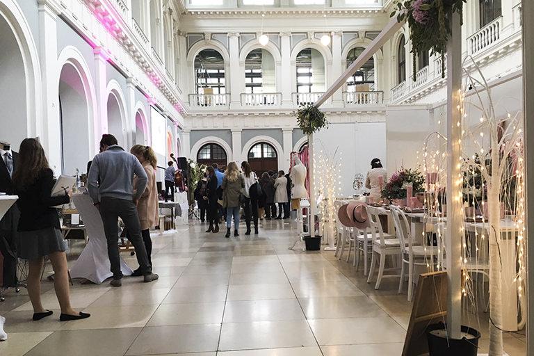 Messestand HERZ-Blatt Hochzeitspapeterie auf der Vintagewedding 2016 Hamburg Melina Leibelt Hochzeitspapeterie und individuelle Gestaltung