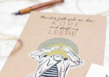 Postkarte kopflos ind leere mit Illustration von Melina Leibelt