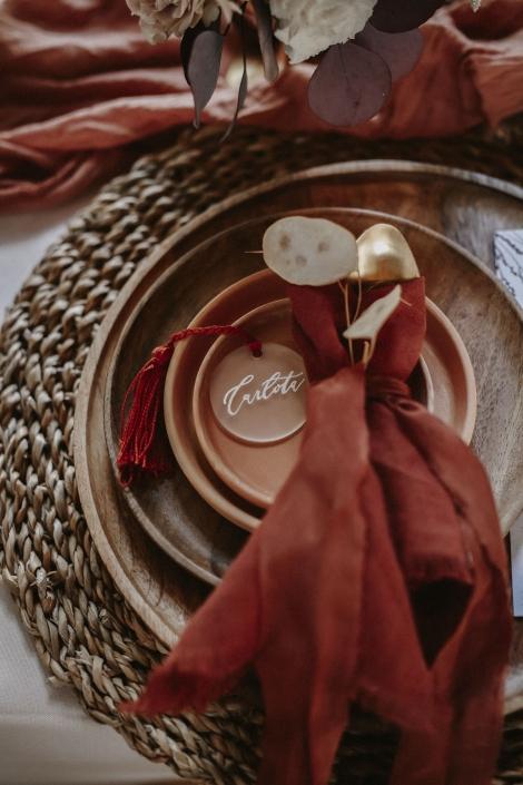 Moho Wedding nametag