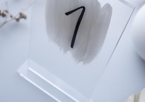 Tischnummer Acryl Transparent mit Fuß