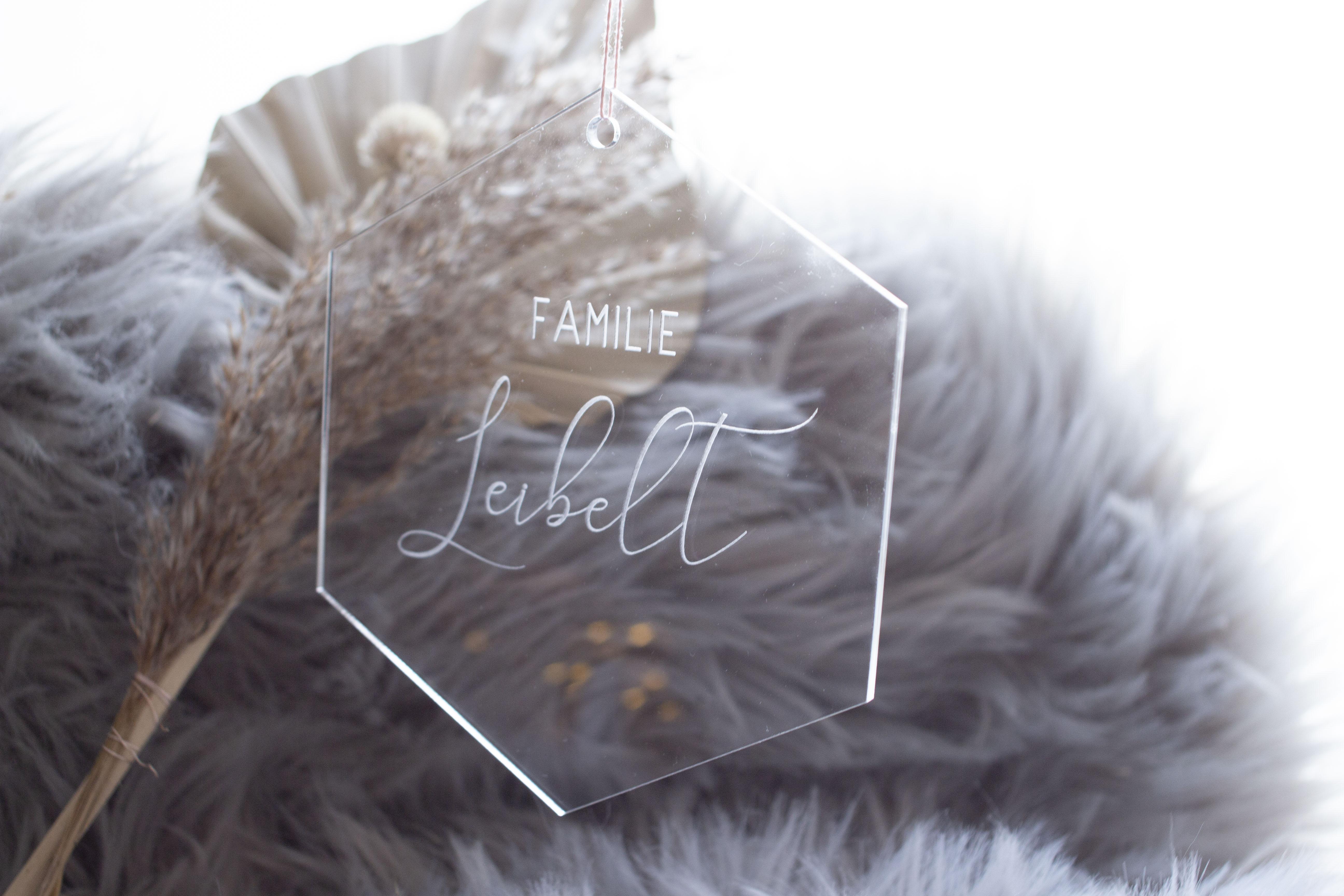 Acryl Anhänger mit Familienname Hexagon