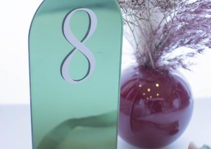 Acryl grün Tischnummer